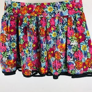 XXI Forever 21 floral mini skirt